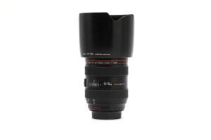 (Italiano) 24-70mm F.2,8 Canon EOS L USM with lens hood Canon EW-83F