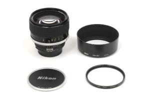 (Italiano) 85mm F.1,4 Nikon AIS