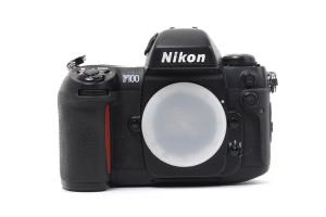 Nikon F100 (seconda versione)