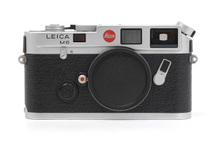 Leica M6 0,72 cromata con SCATOLA (cod.10414)