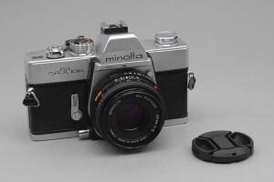 Minolta SRT 101b con 45/2