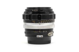 (Italiano) 85mm F.1,8 Nikkor-H serie F