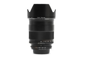 (Italiano) 35mm F.1,4 Distagon T* ZF.2 per Nikon con Scatola