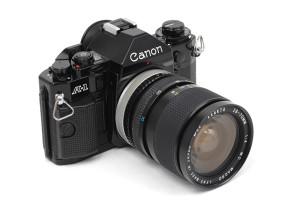 (Italiano) Canon A-1 con ob.Exata 28/70mm