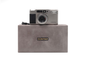 Contax TVS con Vario Sonnar 28-56mm
