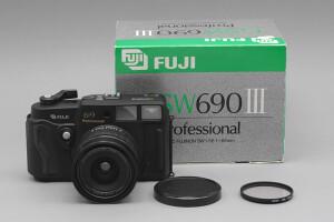 Fuji GSW690 III con scatola (Count #024)